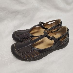 J-41 Cliff Sandals women's 6.5 Brown Shoes Adjust